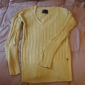 Womans American eagle light yellow sweater